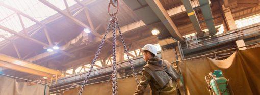 Czym charakteryzują się profesjonalne wciągarki linowe elektryczne?