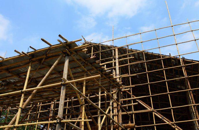 Rusztowanie – niezbędny element każdej budowy. Podstawowe rodzaje rusztowań