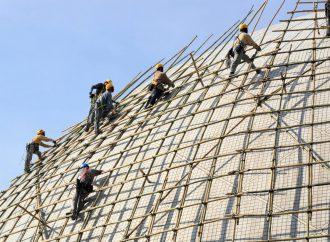 Jaki rodzaj rusztowania wybrać do prac budowlanych?